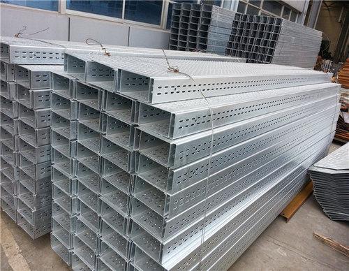 【贵阳桥架厂家】分享:电缆桥架的形式及适用范围