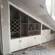眉山衣柜厂在公园壹号客户安装的衣柜现场图片