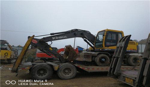 轮式挖掘机对施工现场的要求!