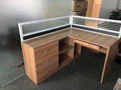 海口屏风办公桌多少钱