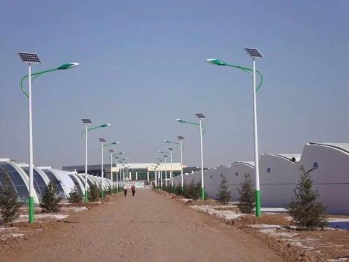 太陽能路燈安裝流程
