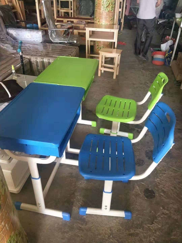 郑州课桌椅销售供应一诺家具超优惠的郑州课桌椅