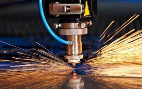 西安激光切割厂家分析薄板激光切割机切割碳钢的优势。