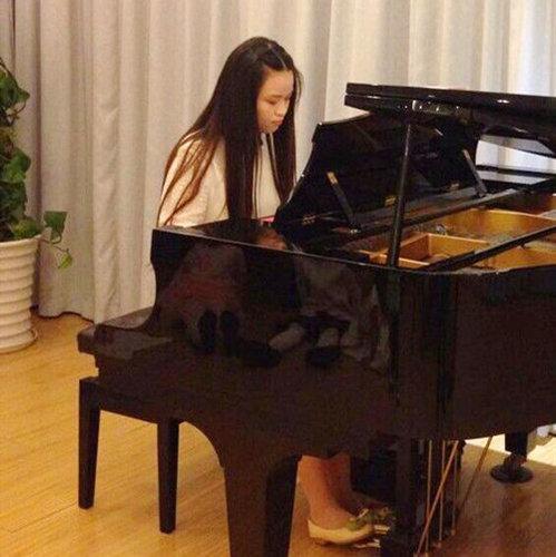 钢琴的高抬指训练的重要性