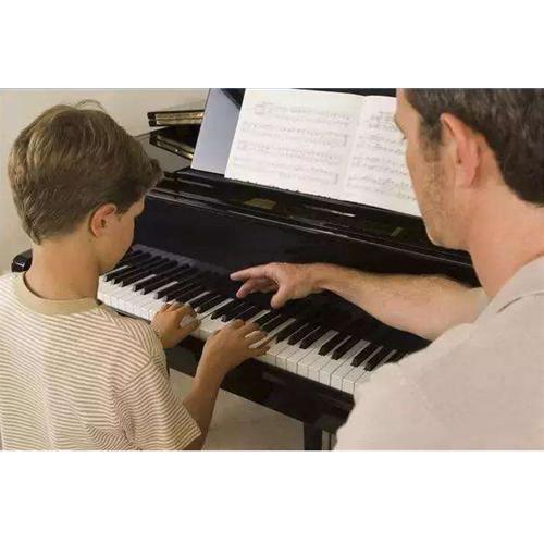 钢琴在炎热气候下的美妙之音