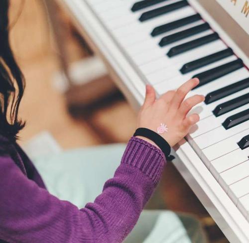 练习曲在对成人钢琴的作用
