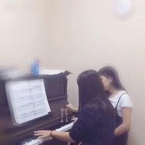 学习钢琴重要的前三节课