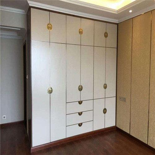 海南衣柜bwin登录注册——(独*家具)bwin登录注册实木衣柜的正确保养技巧