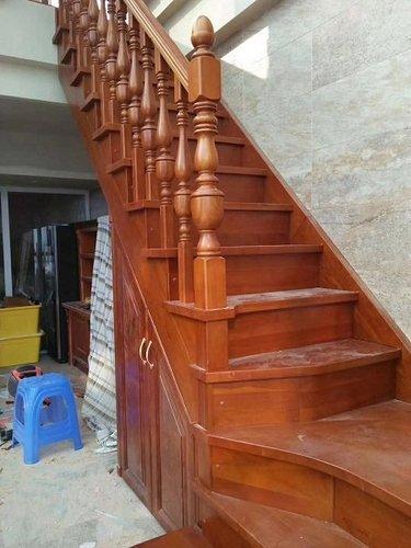 贵阳楼梯厂家