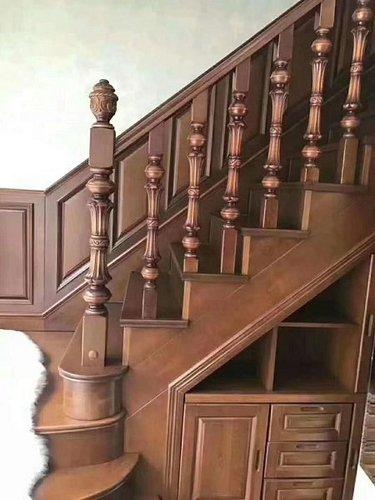 贵阳实木楼梯