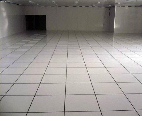 學校電腦機房地板的優點