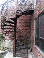 貴州鐵藝樓梯安裝