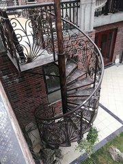 貴州鐵藝樓梯廠家