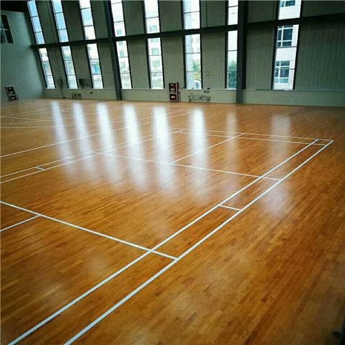 海南學校木地板——木地板應該這樣保養